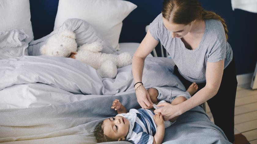 Gehaltsunterschiede Gehalt Warum Bekommen Frauen Nach Der Geburt