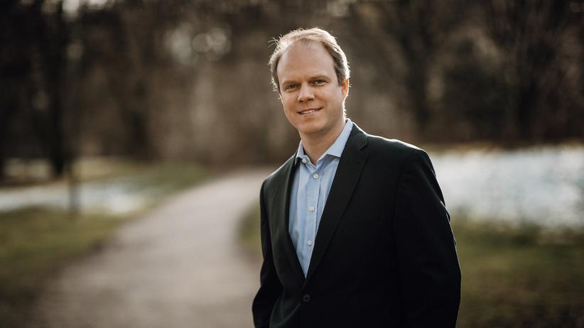 """Michael Brehm: Michael Brehm sagt im Podcast: """"Unsere Vision ist es, Menschen zu helfen, besser miteinander zu kommunizieren."""""""