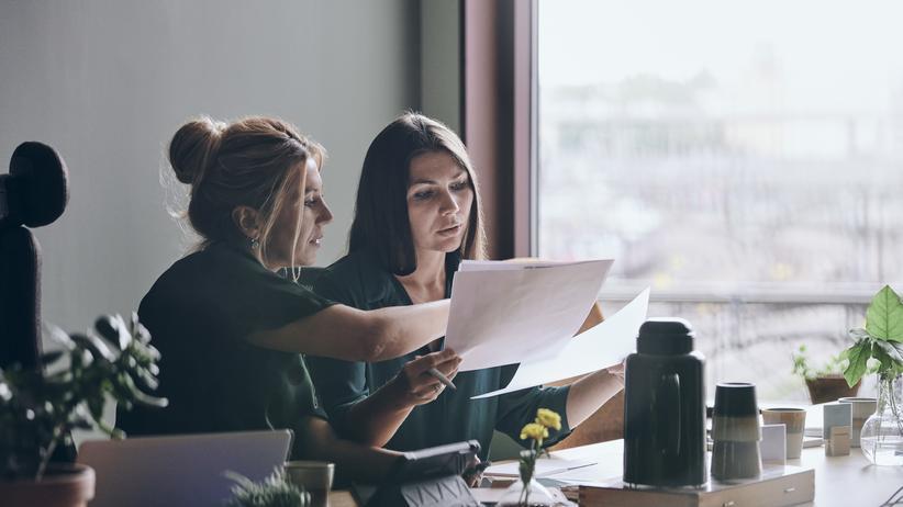 Mitarbeiter-Feedback: Warum können Chefs so schlecht Feedback geben?