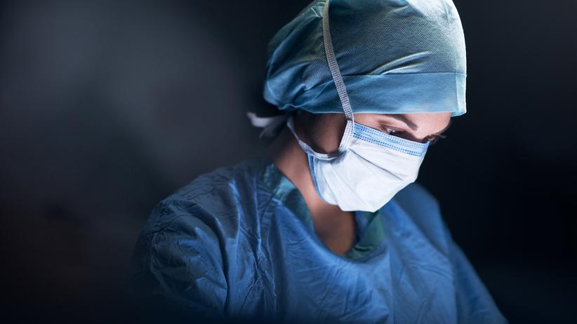 Frauen in der Chirurgie: Knapp 8.000 Chirurginnen gab es 2018 in der Bunderrepublik.
