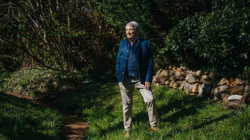 """Gerd Achenbach: """"Dass Menschen sich über den Beruf definieren, wird zum Problem"""""""