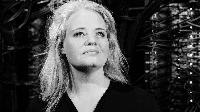Katharina Zweig: Nimmt mir eine künstliche Intelligenz den Job weg, Frau Zweig?