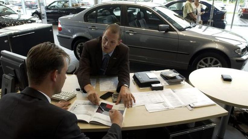 Automobilindustrie: Rabatte im Autohandel lassen nach