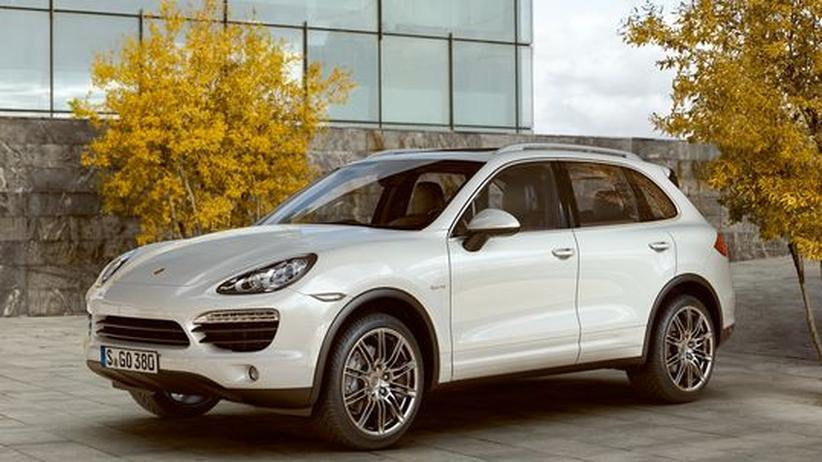Nach dem Entwurf für das Pkw-Öko-Label erhielte ein Porsche Cayenne S Hybrid eine bessere Note als etwa ein viel sparsamerer kleiner Toyota