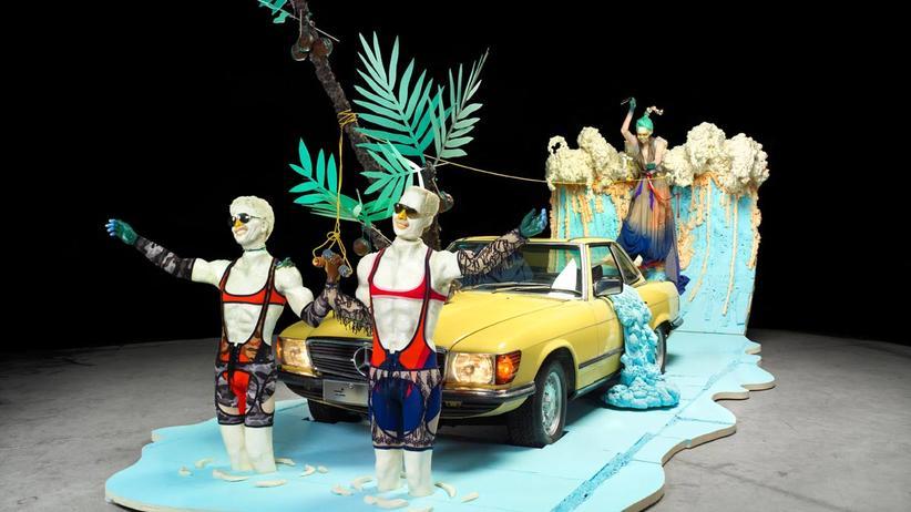 Berlin Fashion Week: Kunstvolle Suche nach dem Auto-Lifestyle