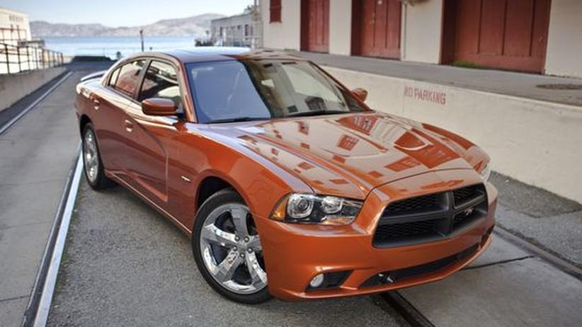 Automarkt: Teure Modellvielfalt