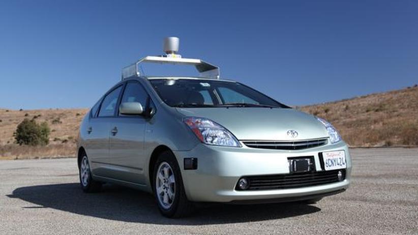 Autotechnik: Hände weg vom Steuer