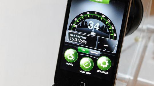 Auf der Consumer Electronics Show in Las Vegas wird eine Radarfallen-App auf einem iPhone gezeigt.