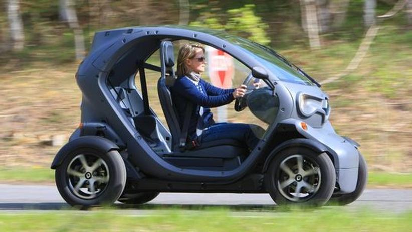 Das Elektro-Fahrzeug Twizy von Renault hat nicht einmal Türen.