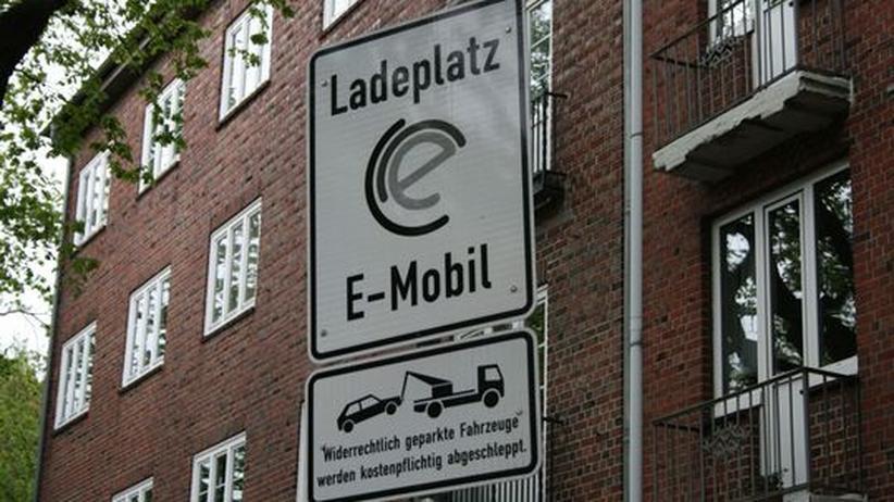 Elektromobilität: Keine Regeln fürs Abschleppen an der Ladesäule
