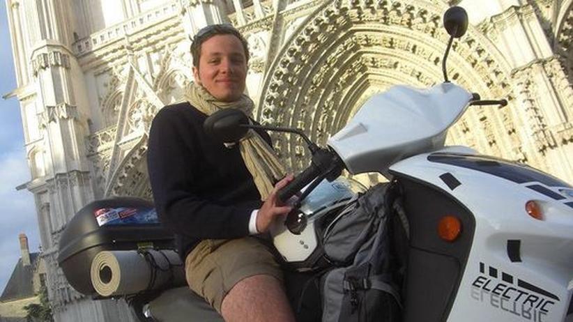 Elektromobilität: Mit dem Elektroroller auf Tour de Silence