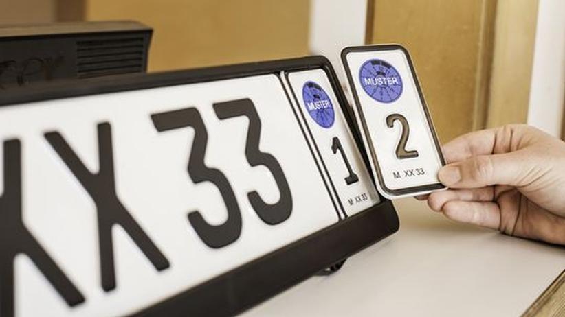 Wechselkennzeichen: Zwei Fahrzeuge, ein Nummernschild