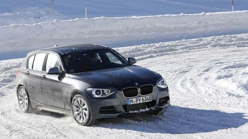 M135i xDrive: BMW rüstet kleinste Klasse mit Allrad aus