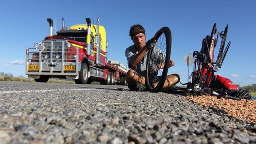 """Australien per Rad: """"Bei 40 Grad ist es auch auf einem Pedelec extrem anstrengend"""""""
