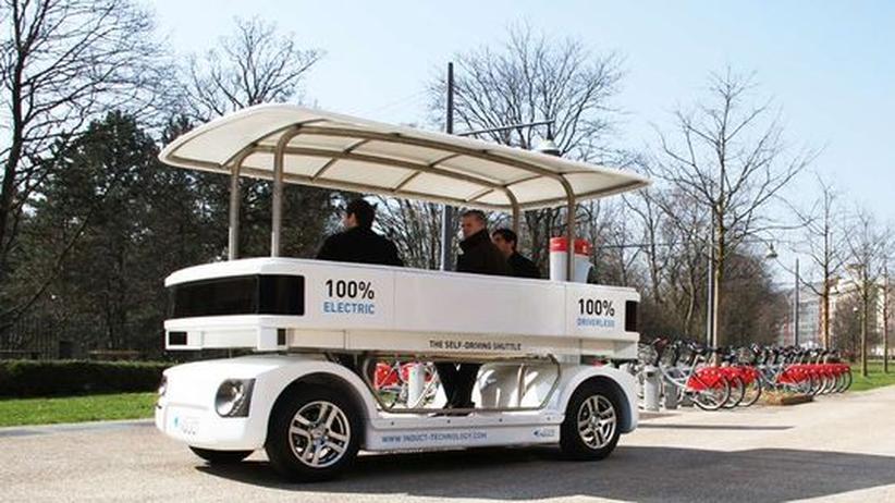 Mobilität: Fahrerlose Shuttles sollen Innenstädte entlasten