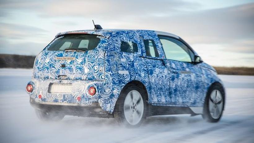 Extremtest: Wenn das Elektroauto auf arktische Kälte trifft | ZEIT ...