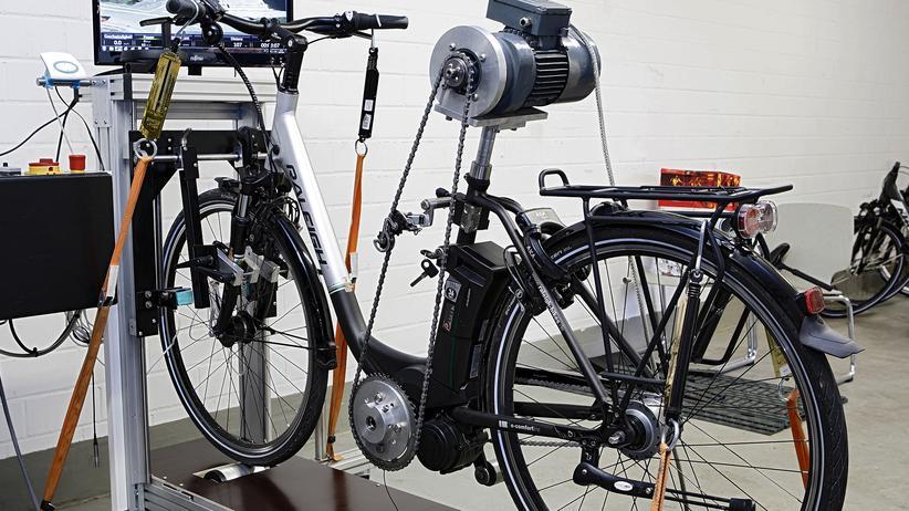 Stiftung Warentest: Viele Elektrofahrräder sind lebensgefährlich
