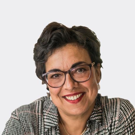 Mariam Lau