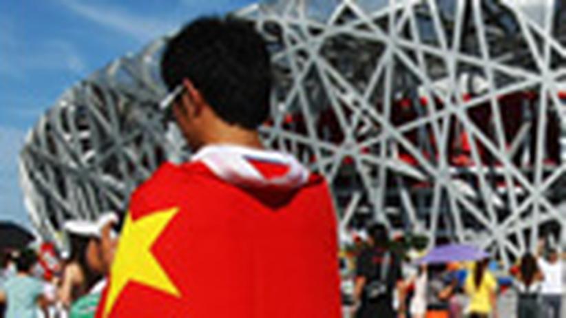 """China: """"Eine große Maskerade"""""""