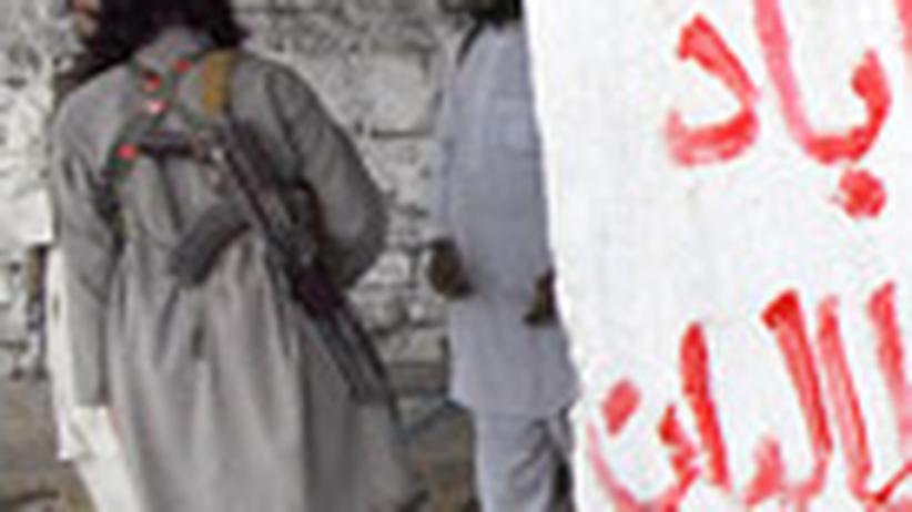 Pakistan: Gefechte unter Freunden