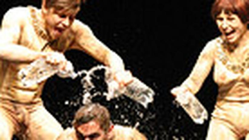Theater: Die Welt ist aus den Fugen