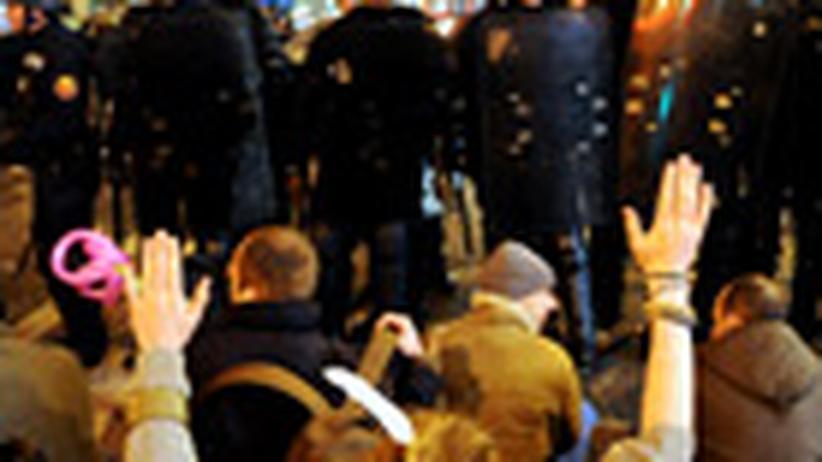 Krise in Frankreich: Im Volk wächst der Unmut