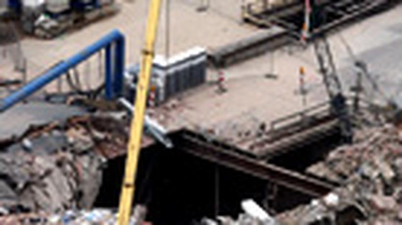 Stadtarchiv-Einsturz: Eine Stadt verliert den Boden unter sich