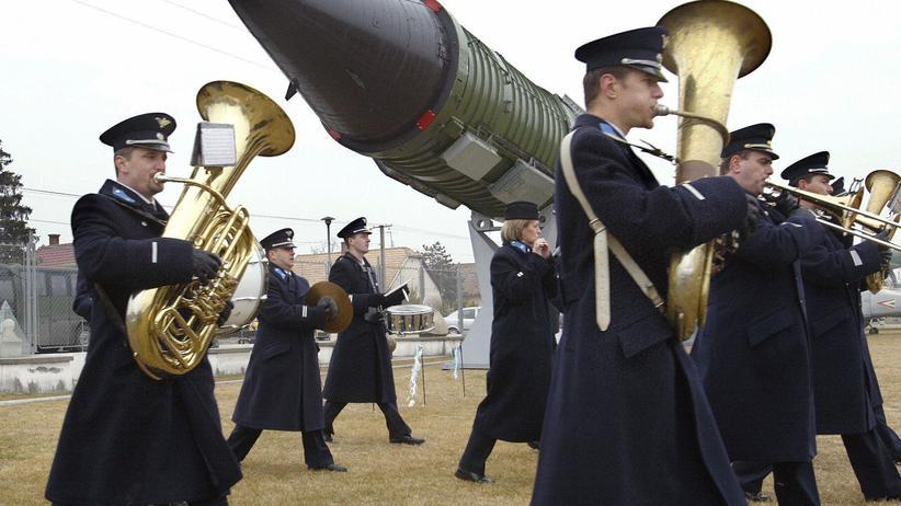 Atomwaffen: Welt ohne Atomwaffen - eine hinreißende Vision