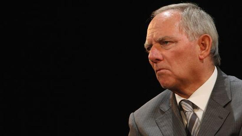 Schäuble guckt finster