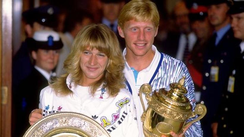 Das Paar des deutschen Tennis: Steffi Graf und Boris Becker nach ihren Siegen am 9. Juli 1989