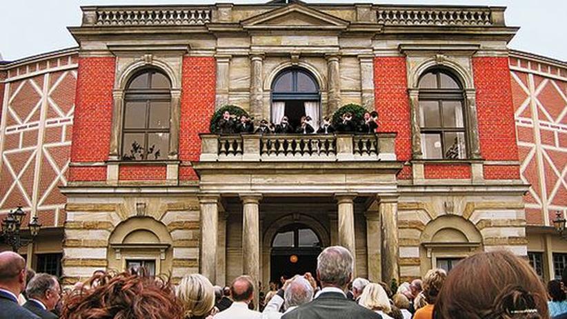 Wagner in Bayreuth: Die Pausenposaunen auf dem Balkon des Festspielhauses