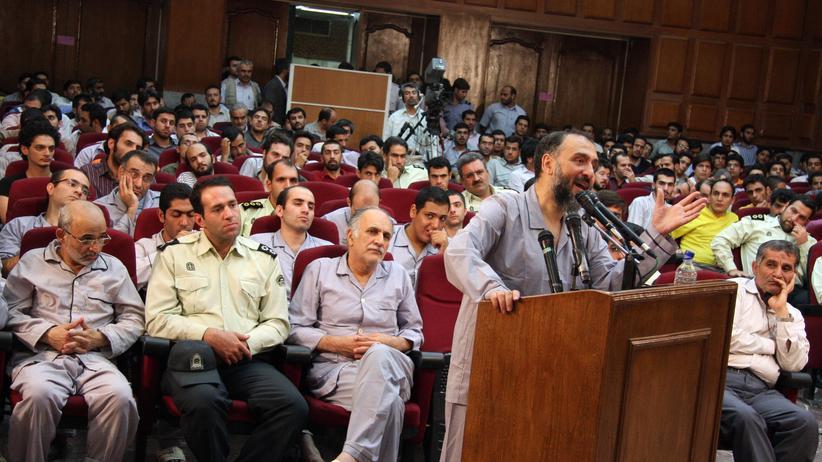 Schauprozess in Iran: Von jetzt an kann es jeden treffen