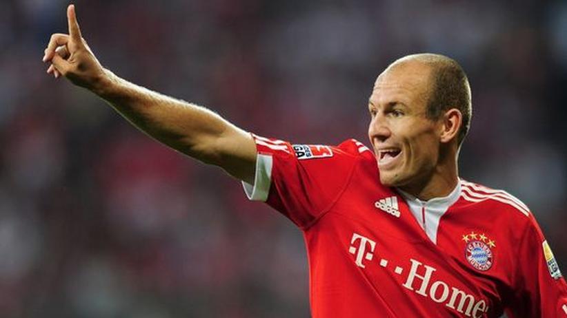 Arjen Robben jubelt über sein Tor