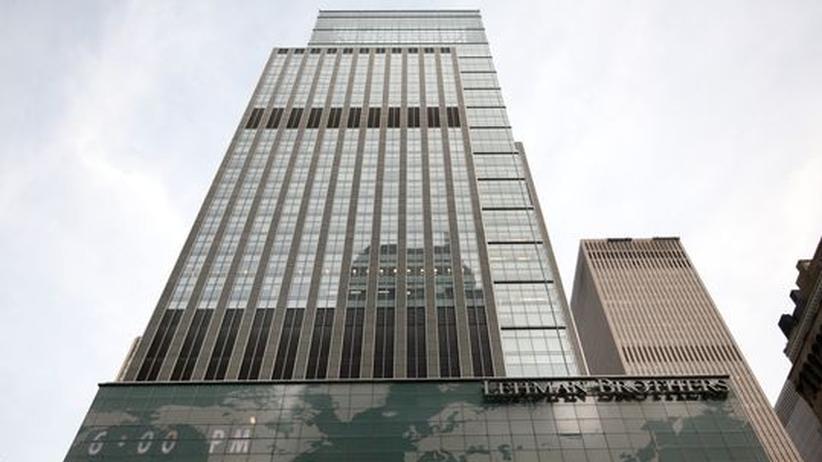 Ein Jahr Lehman-Pleite: Die Lehman-Zentrale in New York, aufgenommen am 14. September 2008. Wenige Stunden später schlittert die Bank in die größte Pleite der Wirtschaftsgeschichte