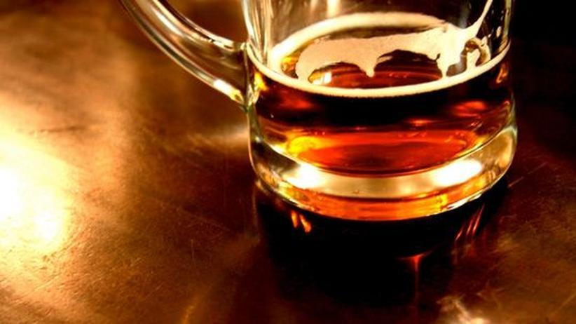 Alkokol Alkoholismus Alkoholmissbrauch Bier Schnaps Sucht