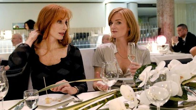 Tatort Fernsehen: Die Kommissarin Charlotte Sänger (Andrea Sawatzki, links) und die lesbische Architektin Sofia Martens (Nina Petri)