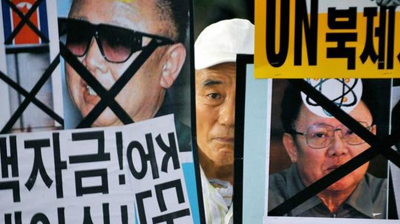 Atomstreit: Proteste in Südkorea gegen Nordkoreas Diktator Kim Jong Il und sein umstrittenen Atompläne