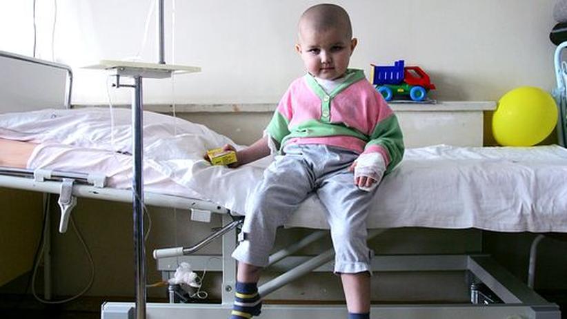 Vier Jahre alt und Leukämie: Pasha, geboren in Weißrussland (Bild von 2006)