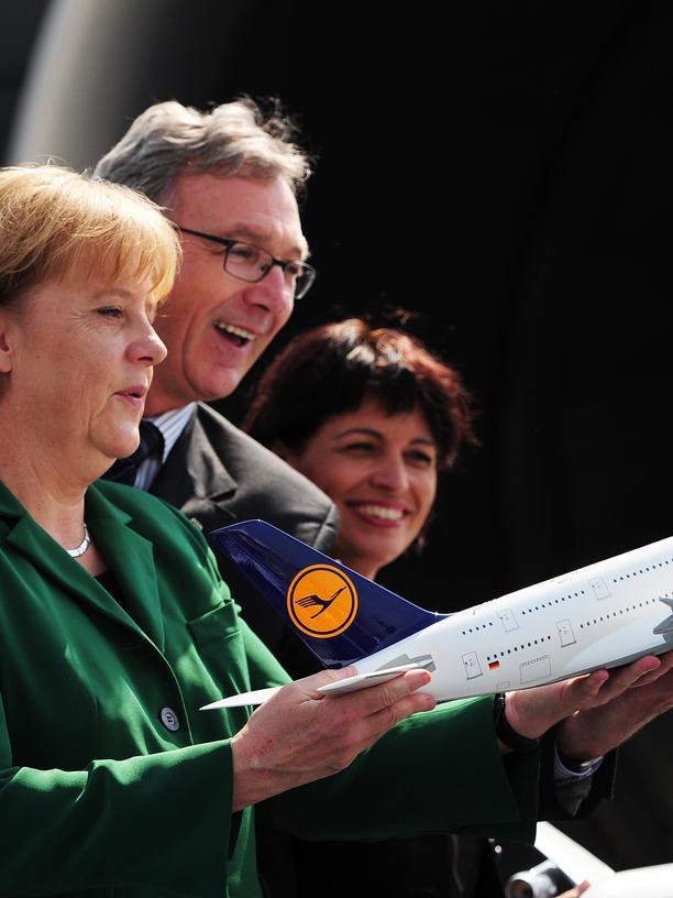 Lilium Aviation: Angela Merkel mit Flugzeug