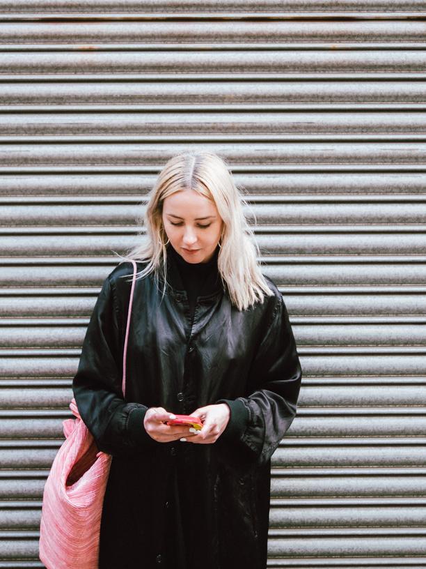 Handynutzung: Warum kleben wir so am Smartphone?