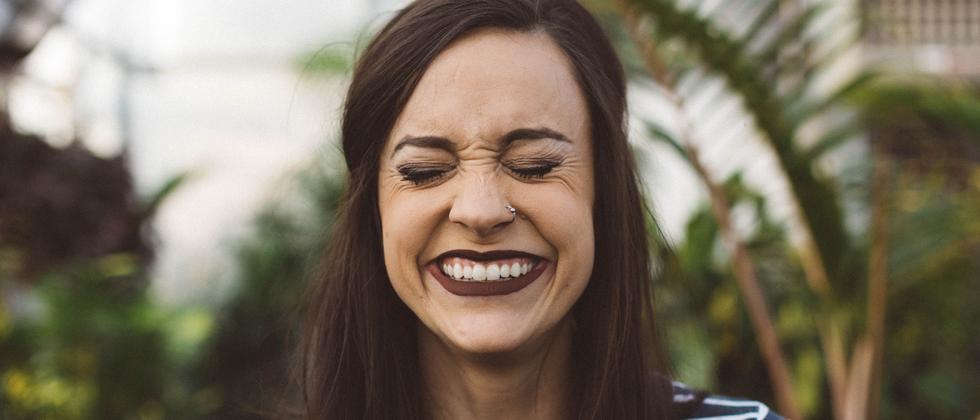 Beat the Prof: Ist das ein falsches Lachen?