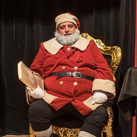 """Studentenjobs: """"Der Weihnachtsmann ist in der Krise"""""""