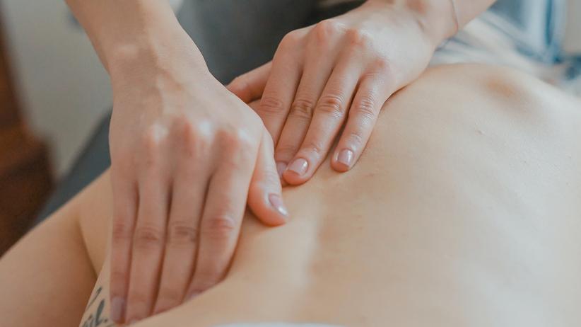 osteopathie-gehalt-einkommen-schmerzen-blockaden-heilpraktiker-bild