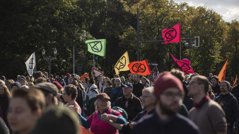 Extinction Rebellion: Teilnehmer von Extinction Rebellion in Berlin