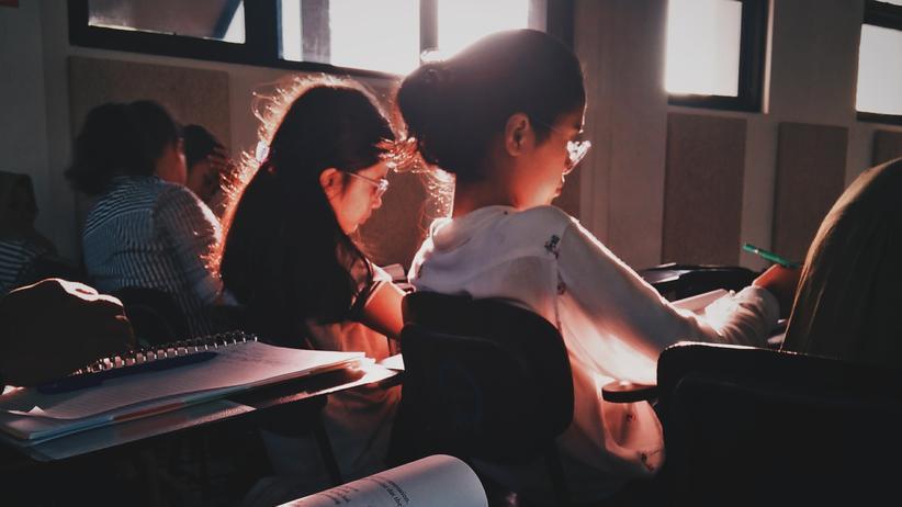 Lehrer: Verbeamtung schon im Studium