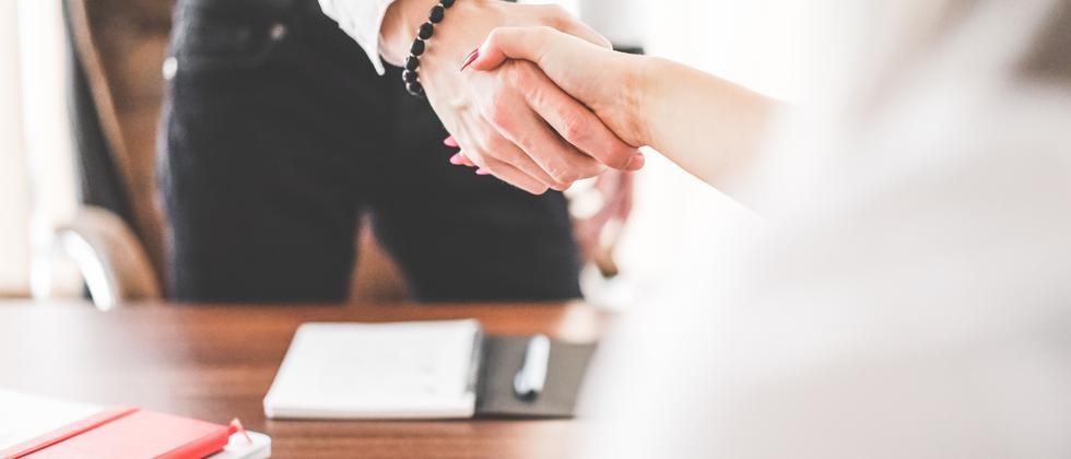 Bewerbung: Mit diesen fünf Tipps wird dein Job-Interview ein Erfolg