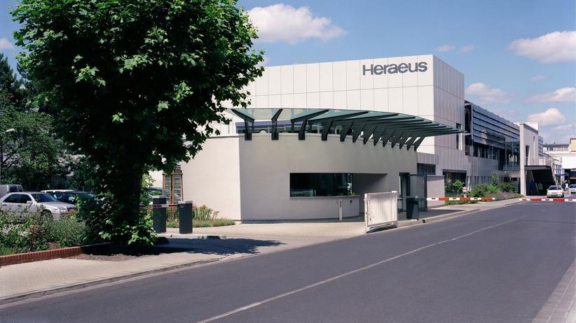 "HERAEUS: ""Open Space. For Open Minds"""