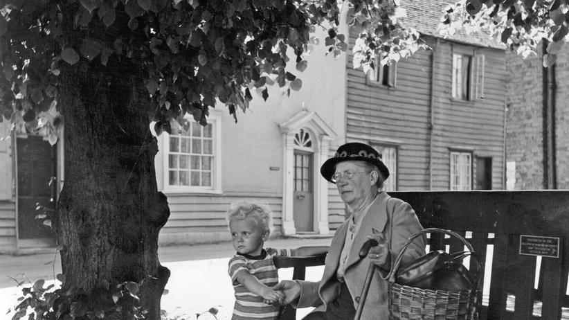 Großmutter mit ihrem Enkelkind