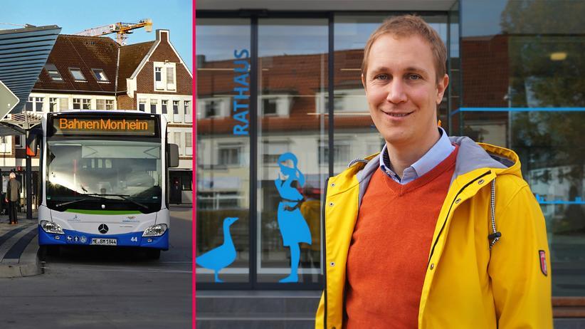 Kommunalpolitik: Bürgermeister Daniel Zimmermann vor dem Rathaus von Monheim