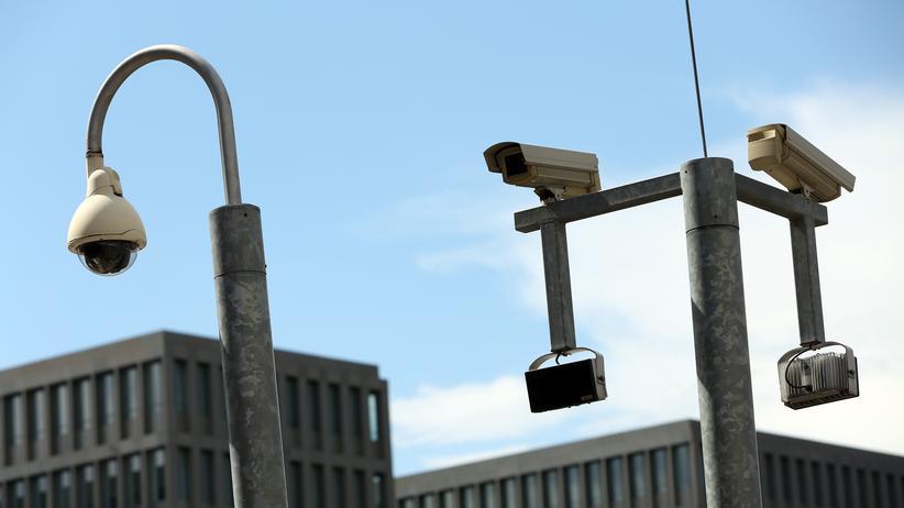 Metadaten-Überwachung: BND-Zentrale in Berlin